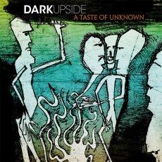 DarkUpside, un debutto fuori dagli schemi