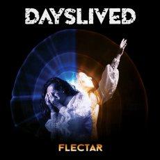I Dayslived realizzano un bel disco da ascoltare con un approccio aperto e libero da preconcetti.