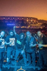 """Six Feet Under: il video di """"Blood of the Zombie"""""""