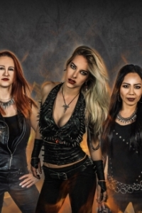 "Burning Witches: presentano la nuova cantante con il brano ""Wings of Steel"""