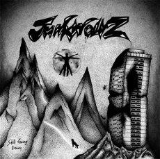 Junkwolvz: un esordio incerto.